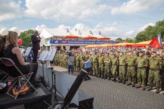 Pronti a marciare su Nijmegen (con le scarpe giuste)