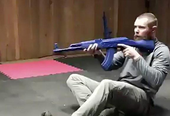 Scuola di combat: alzarsi da terra senza perdere il puntamento