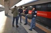 Alcol e ASG, accoppiata supermolesta in treno